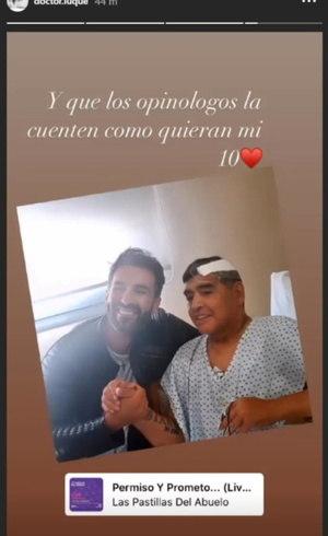 Homenagem do médico para Maradona