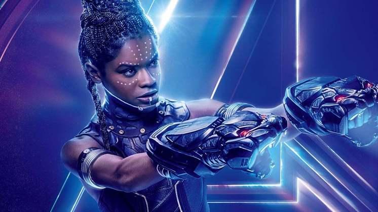 Letitia WrightA atriz sofreu ferimentos leves durante gravação de cenas de ação de Pantera Negra 2: Wakanda Forever. A intérprete da inteligente cientista Shuri teve que ser levada a um hospital para receber atendimento. Segundo o Deadline, a dimensão do acidente não fez com que as filmagens sofressem atrasos