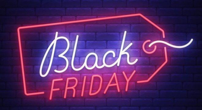 Especialistas em segurança cibernética dizem que impulso e prazo curto para compras fazem da Black Friday o dia com mais golpes do ano
