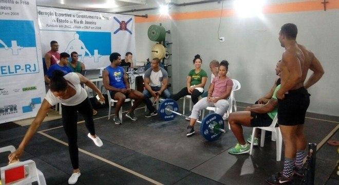 A rebelião dos atletas do Levantamento de Peso: não à Enrique Montero