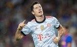 O polonês Robert Lewandowski, jogador do Bayern de Munique e considerado o melhor do mundo pela Fifa na última temporada, aparece na sexta colocação, recebendo 35 milhões de dólares (R$ 193 milhões) por ano