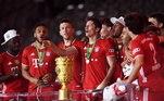 Campeão com a equipe do Bayern de Munique no Copa da Alemanha neste ano, o camisa 9 não fica sem comemorar um título na temporada desde 2008