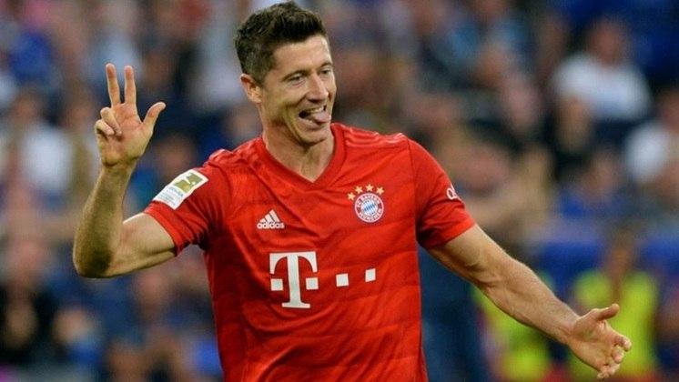 Lewandowski: O craque polonês soma 70 gols em 92 jogos e deve passar Raúl na classificação nos próximos jogos.