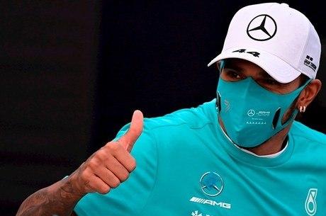 Hamilton fez elogios a companheiro de equipe