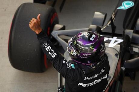 Hamilton bateu recorde do circuito de Sochi