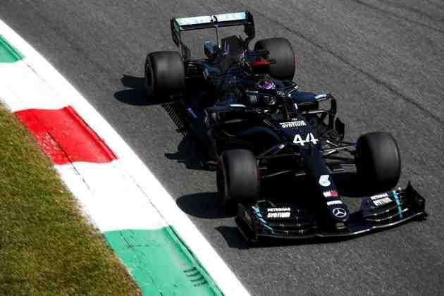 Lewis Hamilton busca a terceira vitória consecutiva na temporada 2020