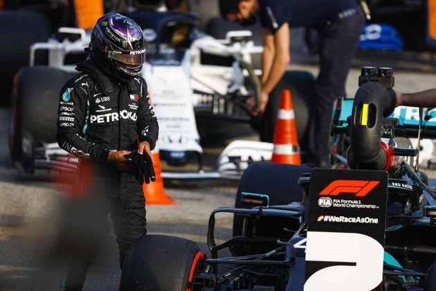 Lewis Hamilton, dessa vez, não ficou com a pole position. Britânico aposta em corrida monótona neste domingo