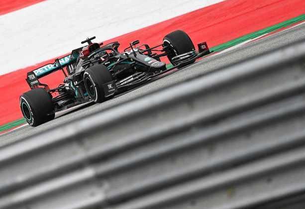 Lewis Hamilton em ação na Áustria