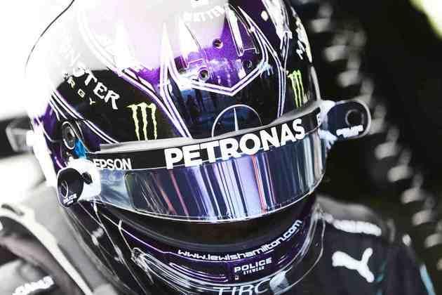 Lewis Hamilton fechou o dia como mais rápido, marcando 1mins20s192
