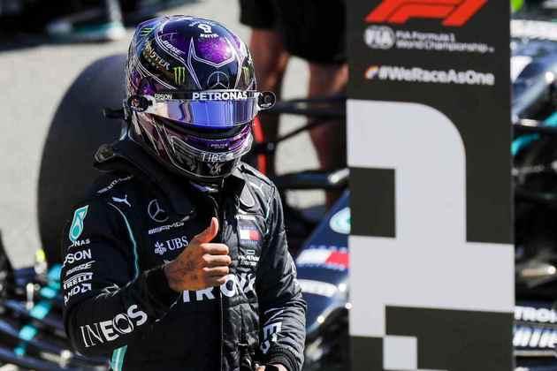 Lewis Hamilton fez 1min18s887 para garantir a 94ª pole na carreira