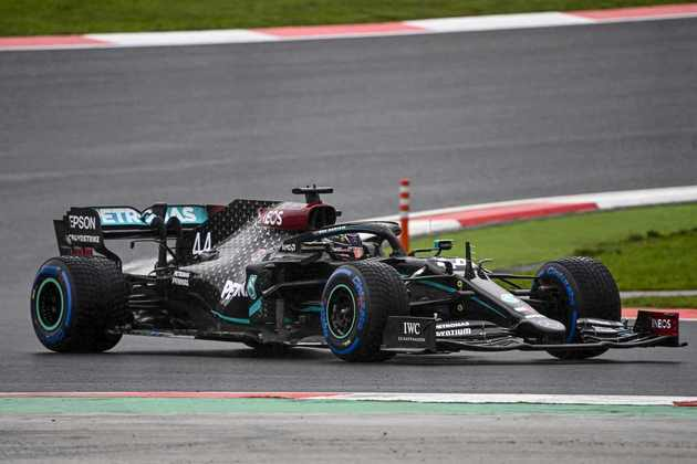 Lewis Hamilton vai largar apenas no sexto lugar.