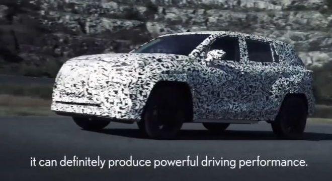 Modelo vem equipado com tecnologia Direct 4 Wheel Drive Force Control