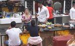 Para encerrar a nossa lista, a chefe Li Martins tem mais uma dica da culinária asiática: o Sukiyaki! O prato é composto por molho à base de shoyu, saquê e temperos; carne vermelha fatiada, cogumelos, tofu, legumes e verduras. A cantora explicou o preparo para Carol e Jonjon na cozinha da Mansão Power.Sob o comando de Adriane Galisteu, oPower Couple Brasil 5vai ao ar de segunda a sexta, a partir das 22h30; e aos sábados, às 23h00, na tela daRecord TV.Acesse oPlayPluse fique por dentro de tudo o que rola no reality de casais!