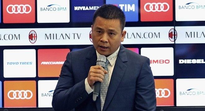 Li Yonghong perdeu o controle das operações do Milan