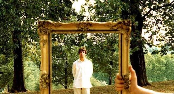"Oasis: Noel Gallagher impediu que Liam aparecesse na capa de ""Wonderwall"""