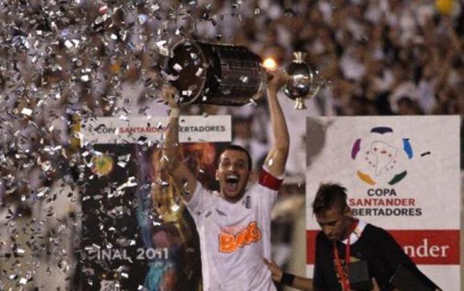 Libertadores-2011: Santos x Peñarol - Domingo, 16h  Globo SP e parte da rede - Veja o repeteco da partida que garantiu o caneco da Liberta para o Peixe.