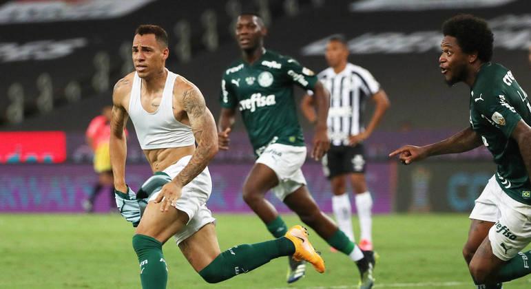 Breno Lopes comemora o gol do título do Palmeiras