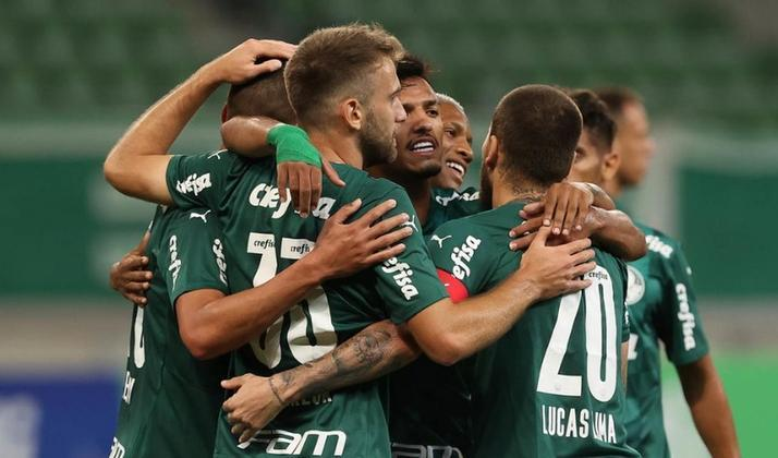 LIBERTADORES - Palmeiras - O Verdão conquistou dezessete votos para a classificação no G6. Portanto, para a redação do LANCE!, o Palmeiras se classifica à Libertadores pelo Brasileirão. Duas pessoas também apostam no título dos comandados por Abel Ferreira.