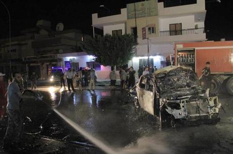 Milícias realizam atentados violentos no país
