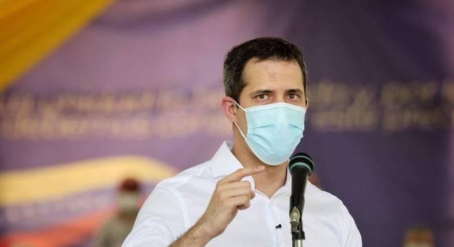 Outro líder, Henrique Capriles, participará das eleições contra orientação de Guaidó