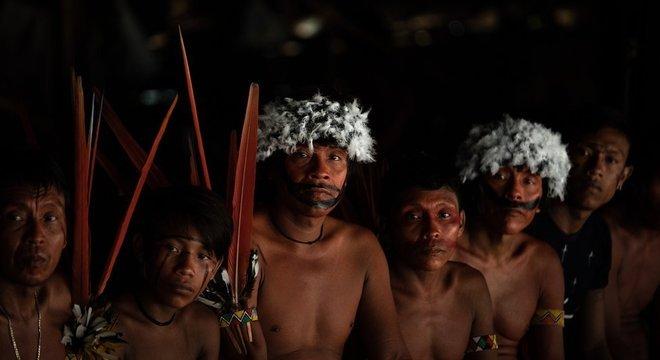 Lideranças dos povos yanomami e ye'kwana se reúnem em encontro que debateu a presença de garimpeiros no território, em 2019