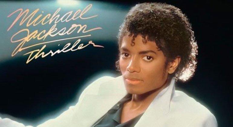 Liderando a lista vem o sexto disco do Rei do Pop, que tem cerca de 66 milhões de cópias vendidas no mundo todo.