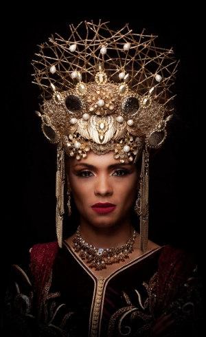 Lidi Lisboa como Jezabel