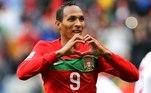 Liedson: após passagem de destaque pelo Sporting, Liedson chamou a atenção da Federação Portuguesa de Futebol, que pediu a sua naturalização e foi oficializada em 2009, já disputando a Copa de 2010 ao lado de CR7 e companhia.