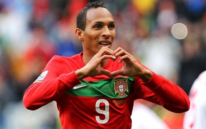 Liédson atuou em clubes de peso no Brasil, como Flamengo e Corinthians, mas tem uma longa relação com Portugal, país onde tem cidadania desde 2009. Ele defendeu a seleção lusitana na Copa de 2010