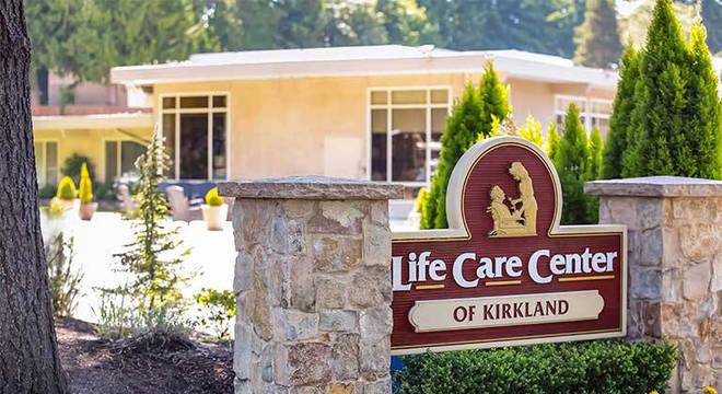 Life Care Center of Kirkland, asilo onde morreram 35 pessoas nos EUA
