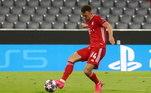 No Allianz Arena, pouco tempo depois o Bayern fazia seu segundo gol. ComPerišić, aos 24 minutos, os alemães colocaram 5 a 0 no placar agregado