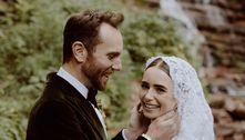 Lily Collins se casa com diretor de cinema, Charlie McDowell