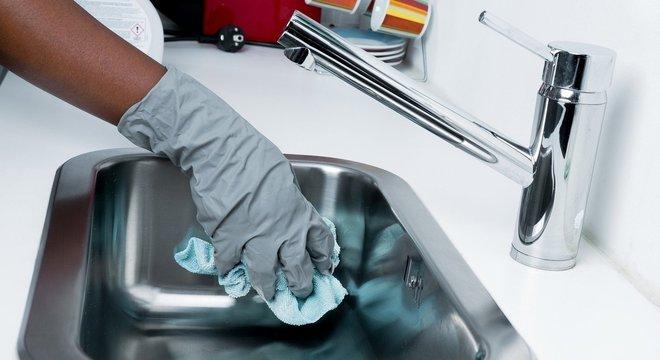 Veja produtos essenciais para manter a casa limpa de verdade, que você pode pedir pela Amazon
