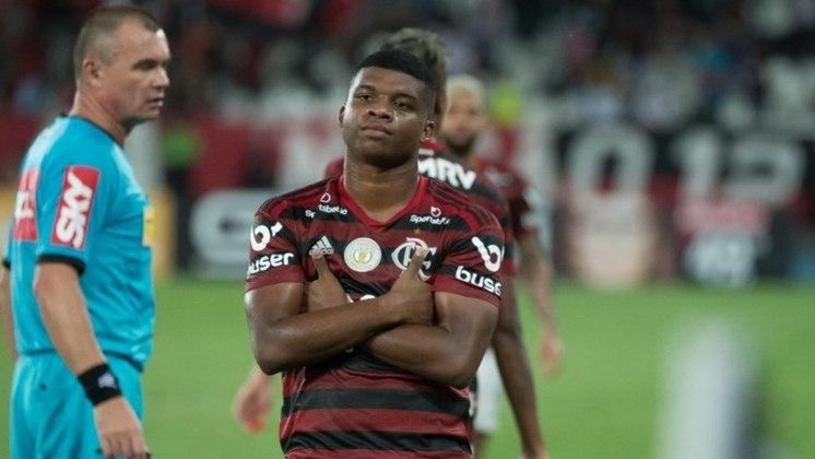 LINCOLN - CONTRATO ATÉ: 31/12/2023 / Posição: atacante / Nascimento:  16/12/2000 (19 anos) / Jogos pelo Flamengo: 51 / Títulos pelo Flamengo: Carioca (2), Brasileiro, Libertadores, Supercopa do Brasil e Recopa Sul-Americana.