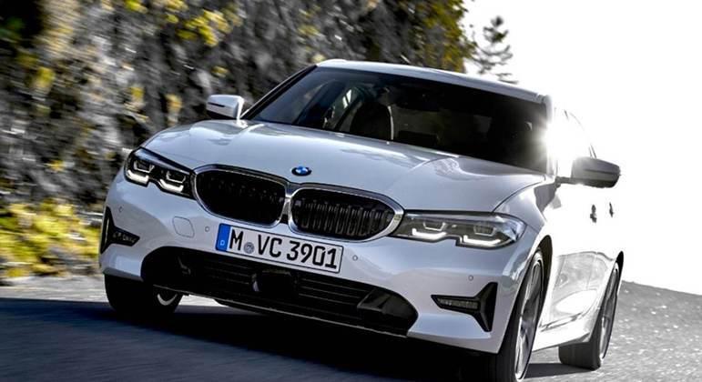BMW 330e é mais uma opção entre os elétricos
