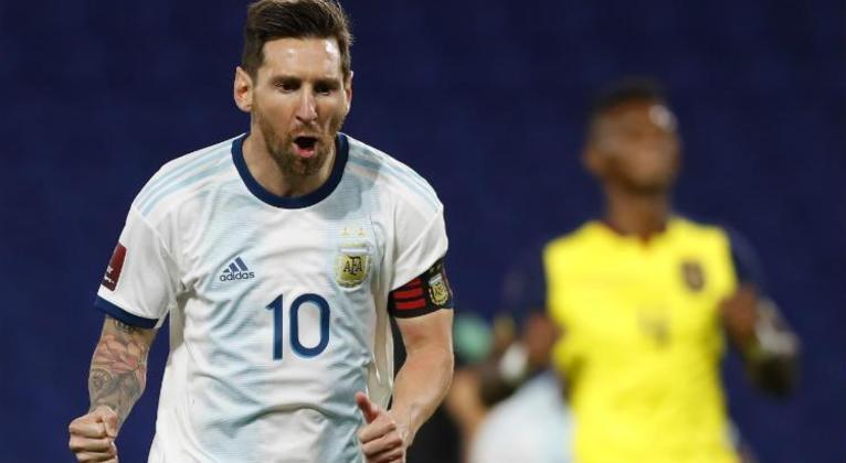 Lionel Messi: atacante - 34 anos - argentino - Fim de contrato com o Barcelona - Valor de mercado: 80 milhões de euros