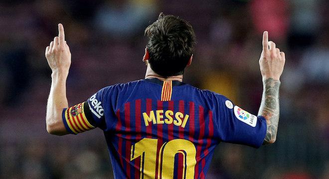 Lionel Messi tem contrato com o Barcelona até junho de 2021