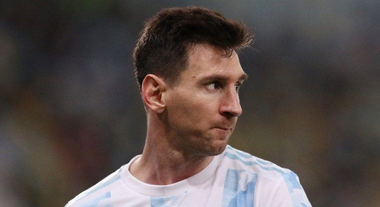 Pai de Messi confirma que destino do jogador é o PSG