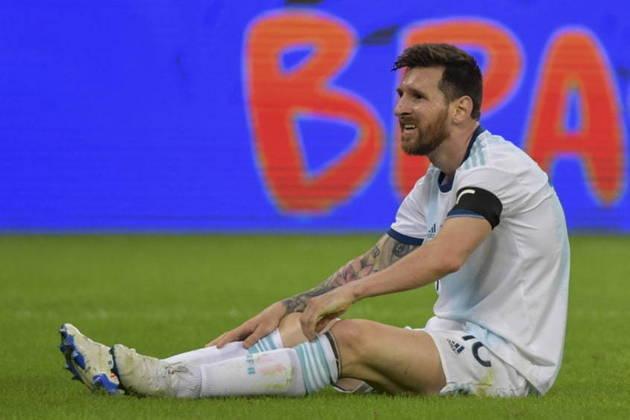 Lionel Messi - Reconhecido como um dos melhores jogadores de todos os tempos, algumas pessoas acreditam que para Messi ser o melhor da história, falta o título da Copa do Mundo. Em 2014, ele passou muto perto do título, perdendo para a Alemanha na final, no Maracanã