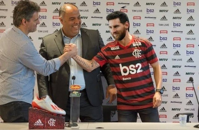 Lionel Messi se apresentando no Flamengo