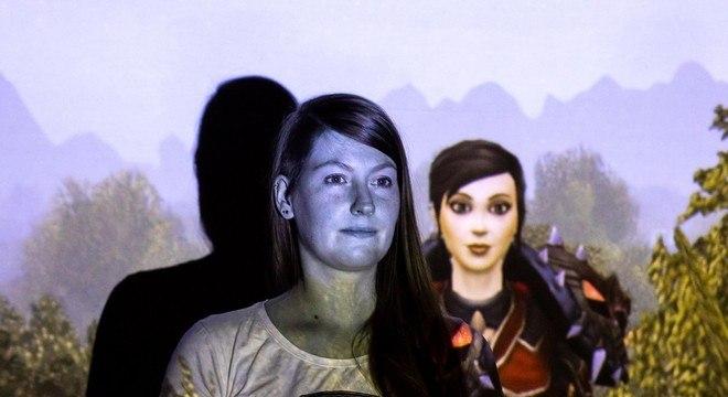Lisette Roovers e sua personagem, Rumour