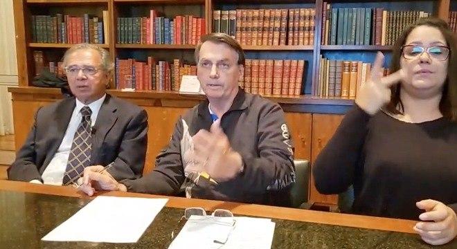 Presidente fez uma live ao lado do ministro Paulo Guedes