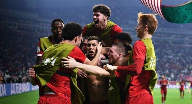 A celebração do primeiro título universal do Liverpool