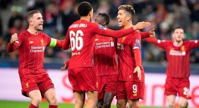 Liverpool é líder do Campeonato Inglês, paralisado no dia 9 de março