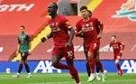 Campeão inglês antecipado, o Liverpool venceu o Aston Villa neste domingo (5), no estádio Anfield. O senegalês Sadio Mané, camisa 10 da equipe, fez o primeiro gol da partida