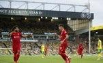 Já no sábado (14), o egípcio Mohamed Salah e o brasileiro Roberto Firmino marcaram gols e se tornaram destaques da vitória do Liverpool por 3 a 0 sobre o Norwich, fora de casa e com a volta do público aos estádios