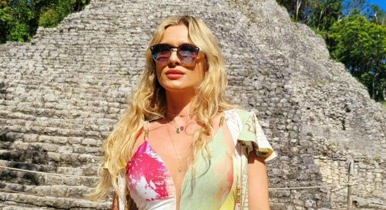 Lívia Andrade deixou o SBT em outubro de 2020. Mas deve voltar