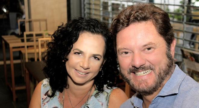 """Jornalista Nalu Saad e o médico Vanderson Rocha lançam """"Esquadrão dos Anjos"""""""