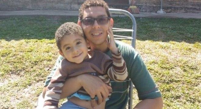 Lucas se inspirou no filho para criar a história do menino que faz milagres