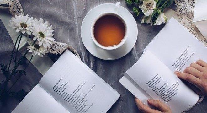 Livros são bons aliados para aproveitar o tempo, durante a quarentena